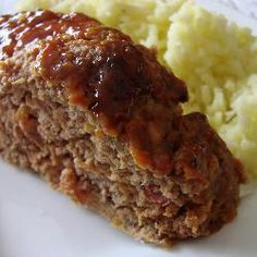 Oven-Baked Venison Meatloaf -- Deer meat makes a non-gamey meatloaf in this recipe that's ideal to serve to your family during hunting season. http://mantestedrecipes.com/recipe/4348/oven-baked-venison-meatloaf.aspx