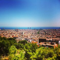 «#tropjolie #roadtrip #voyagevoyage #europeanroadtrip #espagne #spain #barcelona #guell #mediterranée #mediterraneansea #beautifulcity #beautifulview…»