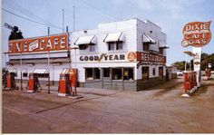 1948: The Dixie Cafe, in McClean,  Illinois, Rt 66