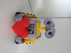 Make It: Wall-e - Free Crochet Pattern  - could I translate to all sewing?