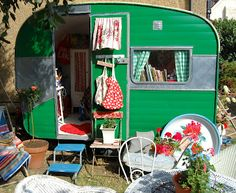 HAPPY LOVES ROSIE: Share your Vintage Caravan Makeover