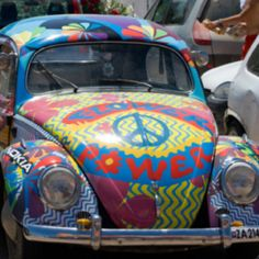 Photo of Flower Power VW Bug for fans of Hippies 40478383 Boho Hippie, Hippie Peace, Hippie Love, Happy Hippie, Hippie Fashion, Hippie Things, Retro Fashion, Women's Fashion, Fashion Trends