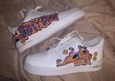 Jordan Shoes Girls, Girls Shoes, Art Beauté, Cartoon Shoes, Cute Nike Shoes, Nike Shoes Air Force, Swag Shoes, Aesthetic Shoes, Fresh Shoes