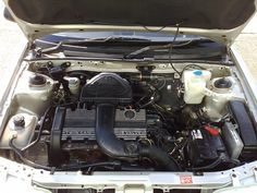 !.4 Twin Cam K-Series. A tad noisy but loved to rev.