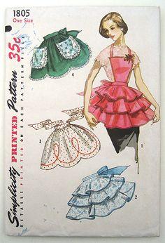 Vintage 50s Bib Apron Pattern Ruffled or by sewvintagefashion