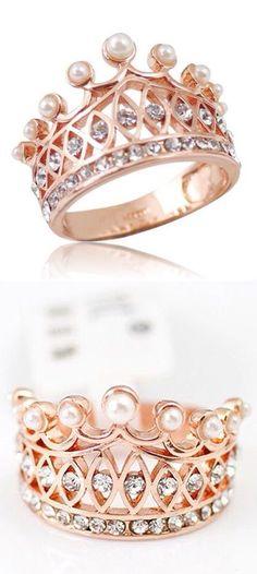 Pearl crown ring