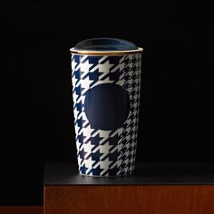 Starbucks Navy & Gold Houndstooth Checked Travel Mug Starbucks Online, Starbucks Store, Starbucks Coffee Tumbler, Coffee Mugs, Coffee Lover Gifts, Coffee Lovers, Houndstooth, Decoration, Travel Mug