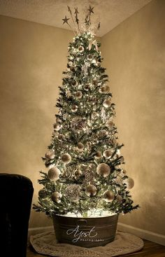 gorgeous chirstmas tree decorations ideas 2017 59 image is part of 60 gorgeous christmas tree design ideas in 2017 gallery you can read and see another
