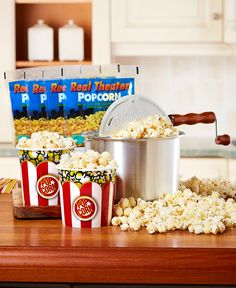 Serve a healthy alternative to microwave popcorn with the Whirley Pop Stovetop Popcorn Popper Set. Stovetop Popcorn Popper, Popcorn Tub, Popcorn Cart, Microwave Popcorn, Best Popcorn Maker, Corn Pops, Lakeside Collection, Healthy Alternatives, Food Gifts