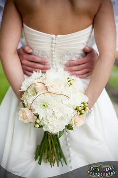 Natural bridal bouquet, Whites and creamy ivories