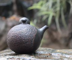 Kokudei cut teapot by Yoshiki #ceramics #ceramic #pottery #teapot #kyusu #kyuusu #teatime #greentea #sencha #tea #japaneseceramics #japanesepottery #wabicha #wabipot #tokoname #instea #teaaddict #чайник #Япония #茶壶 #日本茶具