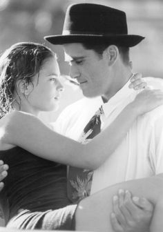 Gabrielle Anwar (Sonora Webster) and Michael Schoeffling (Al Carver) - Wild Hearts Can't Be Broken directed by Steve Miner Love Movie, Movie Tv, Movie List, Michael Schoeffling, Tango, Broken Movie, Movie Couples, Film Music Books, Films