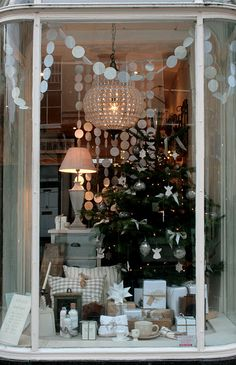 What a great Christmas window.