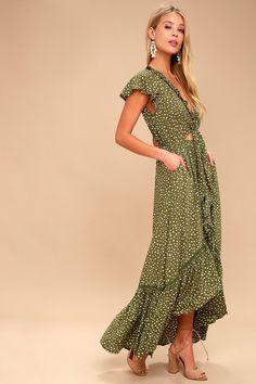 The sweetest memories start in the KIVARI Capri Spot Tie Up Olive Green Polka Dot Dress! Short sleeves frame a tying bodice and high low skirt. Green Dress Outfit, Boho Dress, Dress Outfits, Fashion Outfits, Ruffle Dress, Hi Low Dresses, Short Sleeve Dresses, Casual Dresses, Short Sleeves