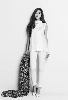 Jessica Jung – Blanc & Eclare