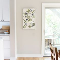 Struggling to pick the perfect light gray paint color for your home? It's all about the undertones. Discover the best light gray paint colors in this post. Best Wall Colors, Best Paint Colors, Wall Paint Colors, Paint Colors For Living Room, Paint Colors For Home, Griege Paint Colors, Cream Paint Colors, Neutral Paint, House Colors