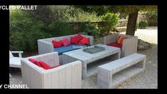 how to build pallet furniture for patio diy outdoor furniture painted furnitu How To Build Pallet Furniture, Painted Outdoor Furniture, Pallet Garden Furniture, Outdoor Furniture Plans, Furniture Ideas, Garden Pallet, Sofa Furniture, Wooden Furniture, Furniture Design