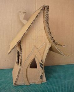 Craft paper mache fairy houses 27 Ideas for 2019 - Craft paper mache fairy houses 27 Ideas for 2019 The Effective Pictures We Offer You About children - Cardboard Crafts, Clay Crafts, Paper Crafts, Paper Mache Crafts For Kids, Fairy Crafts, Glitter Houses, Paper Houses, Cardboard Houses, Fairy Doors