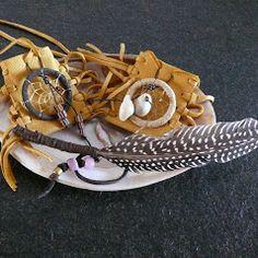 Medizinbeutel mit original indianischen Traumfängern, Räucherfeder und Muschel von www.duftoase.ch Cleopatra's Duft-Oase Business Help, Native American Dreamcatcher, Shell