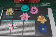 Mis Manualidades y Aficciones: Flores Envelope punch board (2 modelos)