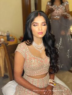 #mauve #2020bride #minimalistmakeup #minimalistlook #bridalmakeup #eyemakeup #bridalmakeover #indianbride Mirror Work Lehenga, Up Hairdos, Marathi Wedding, Elegant Bun, Nauvari Saree, Long Dark Hair, Wedding Function, Hair And Makeup Artist, Bright Purple