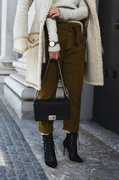 Winter Trends 2016 Shearling Coat @H&M Chanel Boy Bag Medium & Iro Boots  http://www.fashiioncarpet.com