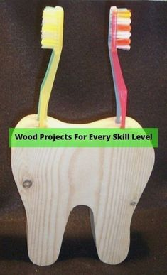 Pallet wood projects easy and easy wood christmas projects. Tip 9306 Kids Woodworking Projects, Woodworking Patterns, Woodworking Projects Diy, Woodworking Wood, Diy Wood Projects, Popular Woodworking, Woodworking Classes, Woodworking Machinery, Woodworking Equipment