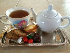 Saturday, January 25, 2014 Ordinary to Extraordinary I make tea in stressful situations. When my girls are working on difficult projects, ...