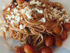 Mediterranean Linguine – Recipes by Jenn Linguine Recipes, Pasta Recipes, Cooking Recipes, Chicken Linguine, Feta Pasta, Greek Pasta, Mediterranean Chicken, Copycat Recipes, How To Cook Pasta