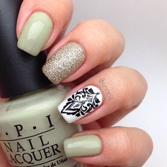 .@Sinney Puebla Puebla | Something simple to start the new week with  #opi #strangertides #chinaglaze... | Webstagram