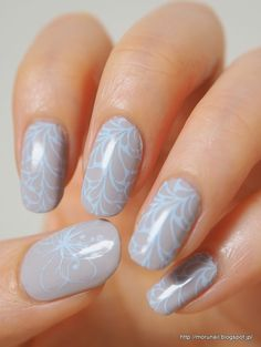 Moru's nails: Stamping in Pale Colors