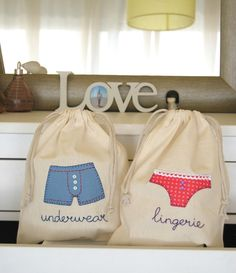 Ideas For Sewing Kit Pouch Projects Sewing Patterns For Kids, Sewing Projects For Kids, Sewing Crafts, Sewing Blouses, Sewing Aprons, Porta Lingerie, Dog Christmas Stocking, Shoe Bags For Travel, Bag Quotes