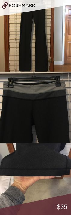 Lululemon reversible groove pant size 6 long Charcoal groove pants, like new, reversible for a solid charcoal or other side shown in pictures. Size 6 long lululemon athletica Pants Boot Cut & Flare