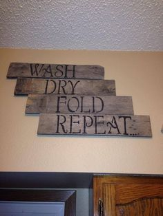 Great reclaimed pallet wood signs for a laundry room by amber Laundry Decor, Laundry Room Signs, Laundry Room Storage, Laundry In Bathroom, Laundry Rooms, Laundry Closet, Washroom, Laundry Area, Wood Pallet Signs