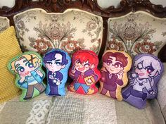 This listing is for Mystic Messenger character pillows. Everyone is double-sided!  Pillows are approximately 13 inches tall. Width tends to vary from about 6 inches to 8 inches. Every single pillow is printed on soft short plush fabric (which makes it perfect for cuddling) and hand-stuffed with poly-fil. They come with a zipper attached, so if you need to remove the stuffing for some reason or want to wash the pillow w/o the stuffing inside, its as easy as unzipping.  If you choose Any ...