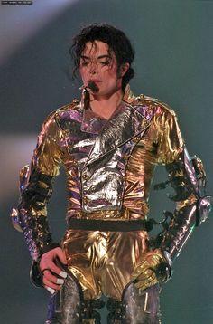 You give me butterflies inside Michael... ღ @carlamartinsmj