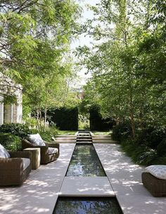 34 creative garden ideas and landscaping tips 13 Water features in the garden, Garden architecture, Modern Landscape Design, Modern Landscaping, Backyard Landscaping, Landscaping Ideas, Modern Pond, Modern Gardens, Modern Courtyard, House Landscape, Garden Pool