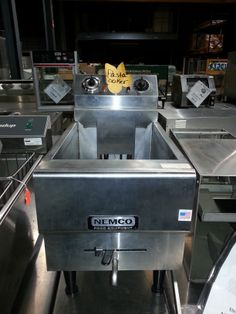 Used pasta cooker / Contact us for quotes, pricing and product details. / by AIMCO Equipment Company. Mixers, Grilling, Bakery, Outdoor Decor, Quotes, Home Decor, Quotations, Decoration Home