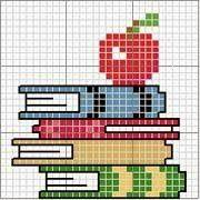Bom dia com muita alegria!!!! As férias estão acabando né.... então é hora de por força na peruca e bordar as toalhas da escola rsrsr  Amada... Cross Stitch Books, Cross Stitch Bookmarks, Mini Cross Stitch, Cross Stitch Cards, Simple Cross Stitch, Cross Stitching, Diy Embroidery, Cross Stitch Embroidery, Embroidery Patterns