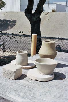 gumaasaat:  jennilee:  (via Ceramics Class - yerinmok)  i miss ceramics
