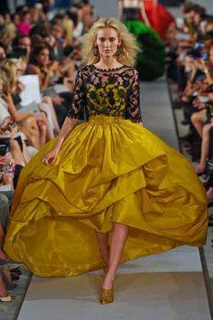 Oscar de la Renta Spring 2012 #fashion #runway