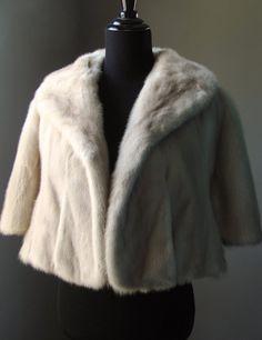$830 - Ultimate Luxury Gift Or Wedding Bridal Accessories/ Glamorous Hollywood Starlet Champagne Cream Mink Fur Stole/ Vintage Cape Shrug Jacket