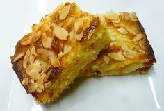For those who go gaga over nutmeg, this Syrian Nutmeg Cake will do the trick. The Syrian Nutmeg Cake is packed with the richness of nutmeg and seasonings. Just check out the recipe of the rich tasting Syrian Nutmeg Cake. Pear And Almond Cake, Almond Cakes, Almond Nut, Pear Cake, Nutmeg Cake Recipe, Sweet Recipes, Cake Recipes, Semolina Cake, Turkish Recipes
