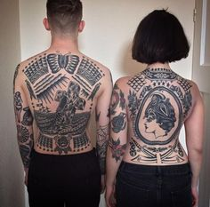 freshtattoo:Left backpiece by me, right one by my main man thanks Kyle and Alana for the beautiful picture! USA NYC-LA-SF is now fully booked thanks everyone! by bighenry Torso Tattoos, Back Tattoos, Sleeve Tattoos, Traditional Ink, American Traditional, Traditional Tattoos, Tattooed Freckles, Tattoo Tradicional, Back Piece Tattoo