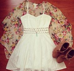 Floral + lace = best combination ever
