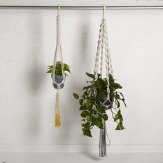 A perfect gift for the keen gardener. Beautiful hand-knotted pot hangers in unbleached & hand-dyed cotton by Macramé specialist Gina Marris.