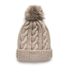 Learn how to Make this Knitted Wool Beanie with Fur Pom Pom. FREE Step by Step Pattern & Tutorial. Amaze yourself about how easy it is! Slouch Hat Crochet Pattern, Beanie Knitting Patterns Free, Knitting Stiches, Easy Knitting, Easy Knit Hat, Knitted Hats, Crochet Hats, Pom Pom Beanies, Pom Pom Hat