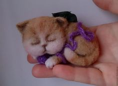 Броши ручной работы. Ярмарка Мастеров - ручная работа. Купить Котик игрушка из шерсти. Котенок брошь.. Handmade. Котик из шерсти