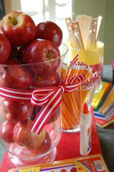 centerpieces- simple, apples, pencils, etc.  backtoschoolparty apples by D. Ey, via Flickr