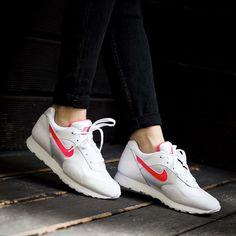 free shipping c348c da096 Mejores 202 imágenes de Nike en Pinterest en 2019   Tennis, Athletic ...